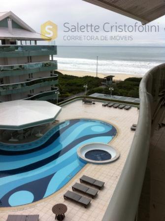 Linda cobertura mobiliada em Florianópolis com vista para o mar