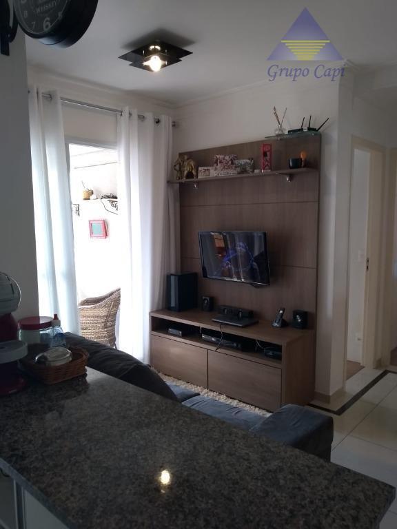 apto de 2 dormitórios mobiliado 2 banheiros ( com 1 suíte ), 1 vaga.colchão ( novo),...