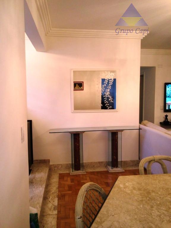 Apartamento com 3 dormitórios à venda, 112 m² por R$ 510.000