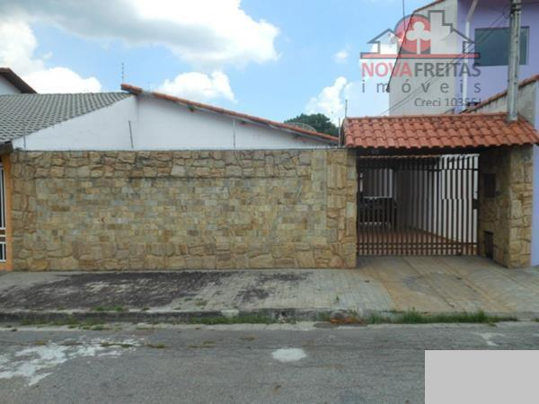 Casa de 2 dormitórios à venda em Cidade Jardim, Jacareí - SP