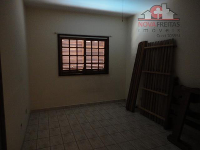 Sobrado de 4 dormitórios à venda em Jardim Souto, São José Dos Campos - SP