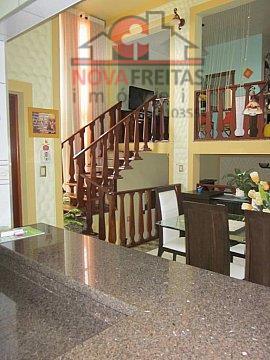 Sobrado de 3 dormitórios à venda em Parque Das Fontes, Tremembé - SP