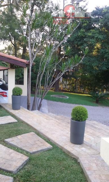 Chácara de 4 dormitórios à venda em Chácaras São José, São José Dos Campos - SP