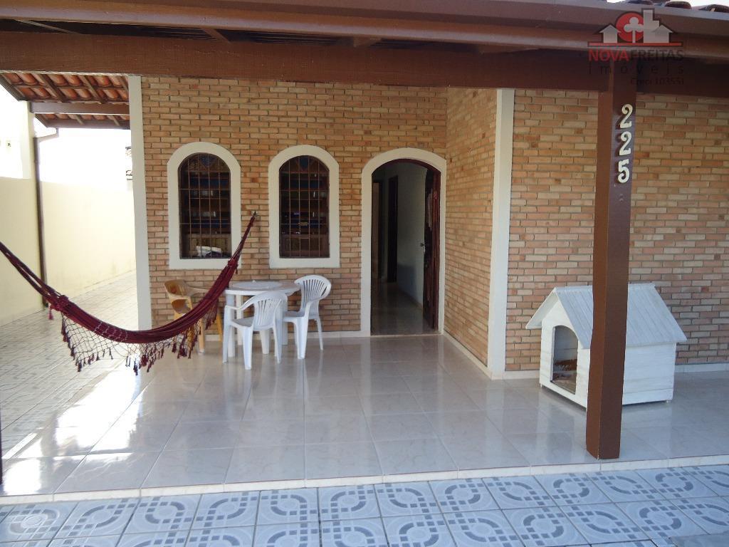 Casa de 2 dormitórios à venda em Jardim Califórnia, Caraguatatuba - SP