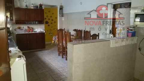 Casa de 4 dormitórios à venda em Jardim Britânia, Caraguatatuba - SP