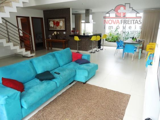 Sobrado de 4 dormitórios à venda em Sumaré, Caraguatatuba - SP