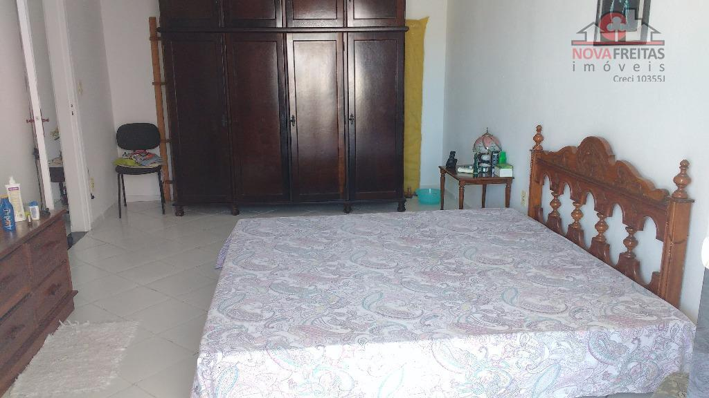 Sobrado de 3 dormitórios à venda em Centro, Caraguatatuba - SP