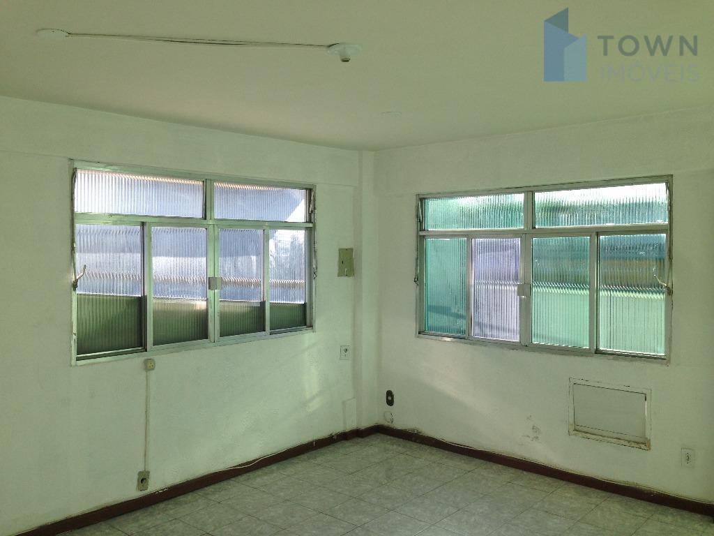 Sobrado residencial para locação, Itaipu, Niterói.