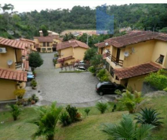 Casa com 2 dormitórios para alugar por R$ 1.100/mês - Maria Paula - São Gonçalo/RJ