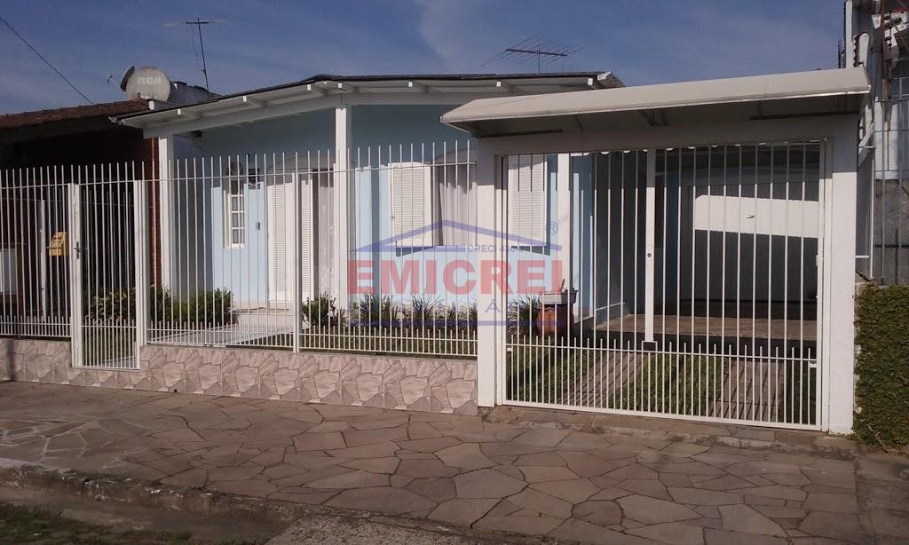 EMICREI vende Casa de alvenaria 3 dormitórios, garagem 2 carros, salão de festas, bairro Rio Branco em São Leopoldo