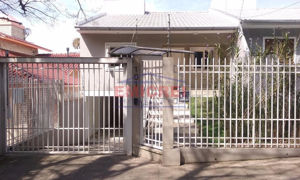 Casa à venda, 3 dormitórios (1 tipo suíte) garagem 3 carros, piscina + Consultório/Escritório, Jardim América, São Leopoldo