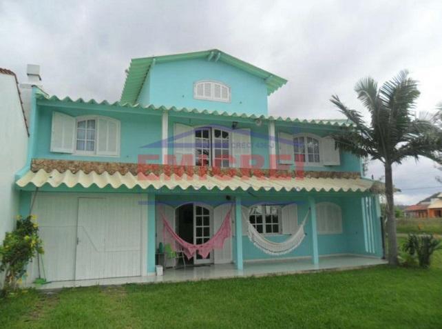 Ouça o som do mar, neste sobrado de 3 dormitórios a 1 quadra do mar em Itapeva Norte, Torres-RS.