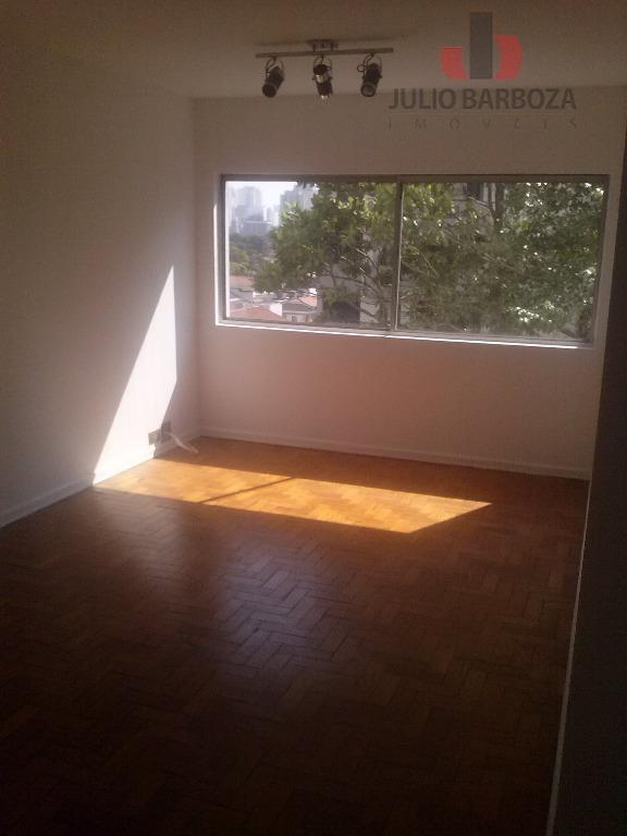 Lindo apartamento em Campo Belo! 3 dormitórios