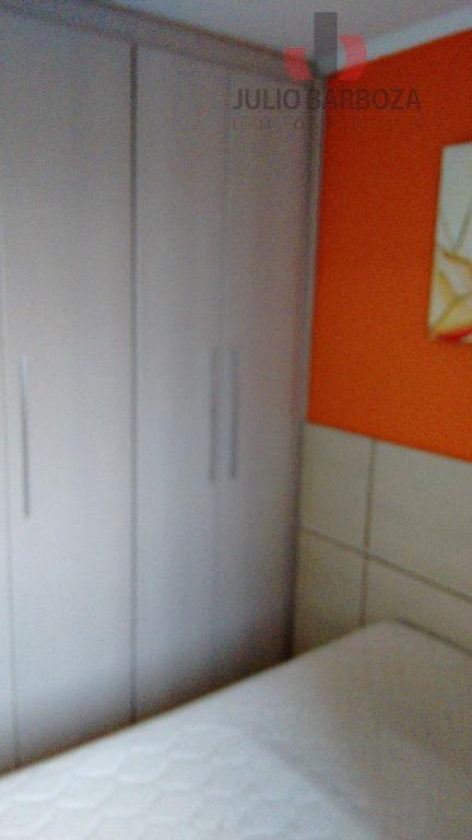 apto mobiliado 2 dorms, sala 2 ambientes com sacada e sanca, cozinha planejada, banheiro com box...