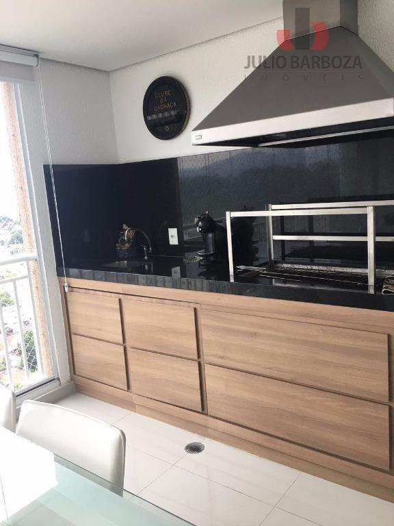 lindo apartamento , com armários planejados da finger , porta de madeira de demolição com fechadura...