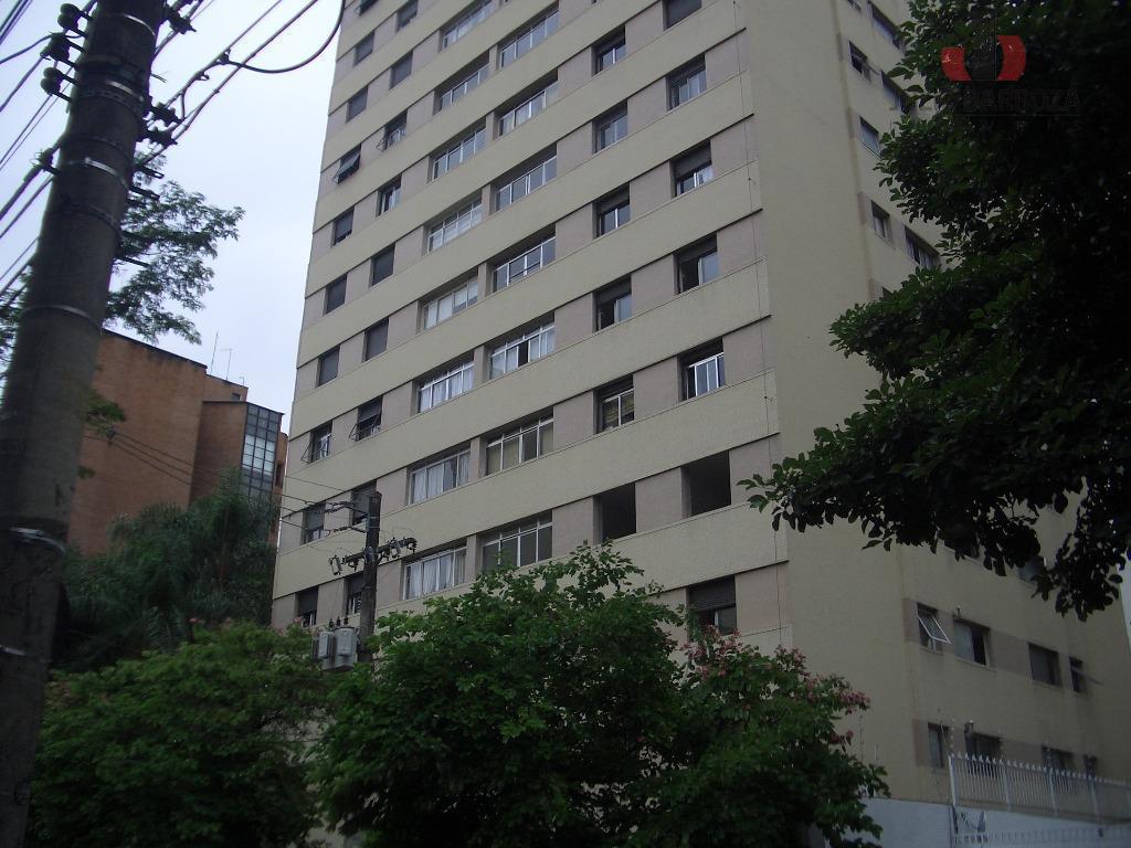 Apartamento à venda, 3 dormitórios, Moema, São Paulo.
