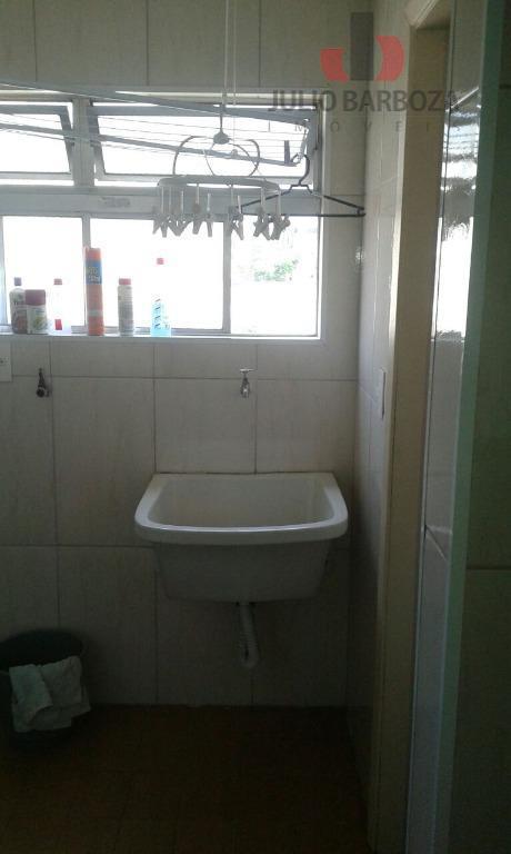 apartamento composto por 3 dormitórios, sala para 2 ambientes, cozinha com armários, área de serviço, dependência...