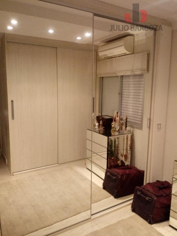 excelente apartamento totalmente reformado, disponível para venda, planta de 3 dormitórios, 1 dormitório estendeu a sala...