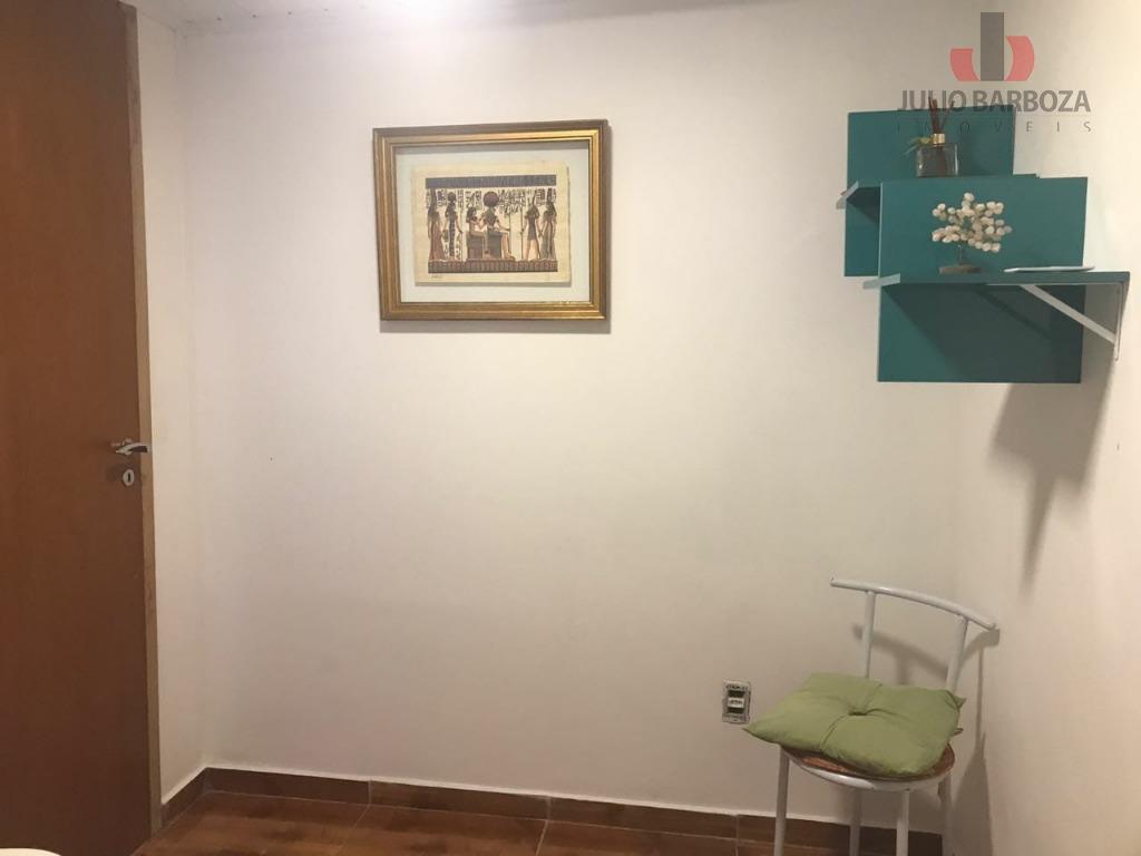 sala comercial disponível para locação de meio período pela manhã. para serem usadas para terapias, massagens...
