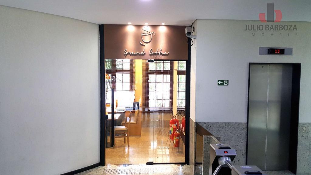 excelente oportunidade! sala comercial disponível para locação, com ar condicionado, copa, 6 banheiros e 8 vagas...
