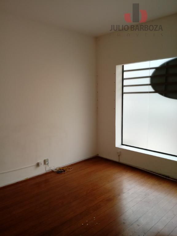 excelente oportunidade! imóvel comercial disponível para locação, sala, cozinha, área de serviço, banheiro, edícula e 2...