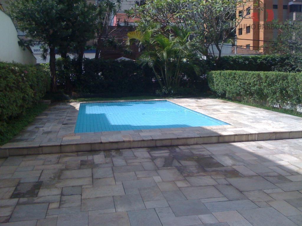 Apartamento com 2 dormitórios para alugar, 70 m² por R$ 3.170/mês - Moema - São Paulo/SP