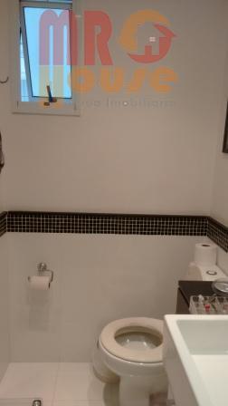 * excelente apartamento * alto padrão * repleto de armários * sacada * ótima localização *...