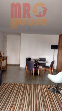 87au está com 2 suites, pois a sala está ampliada, com varanda gourmet fechada com vidro,...