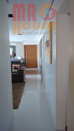 141 au - são 2 suites repleto de armários, com varanda gourmet, envidraçada e decorada, sala...