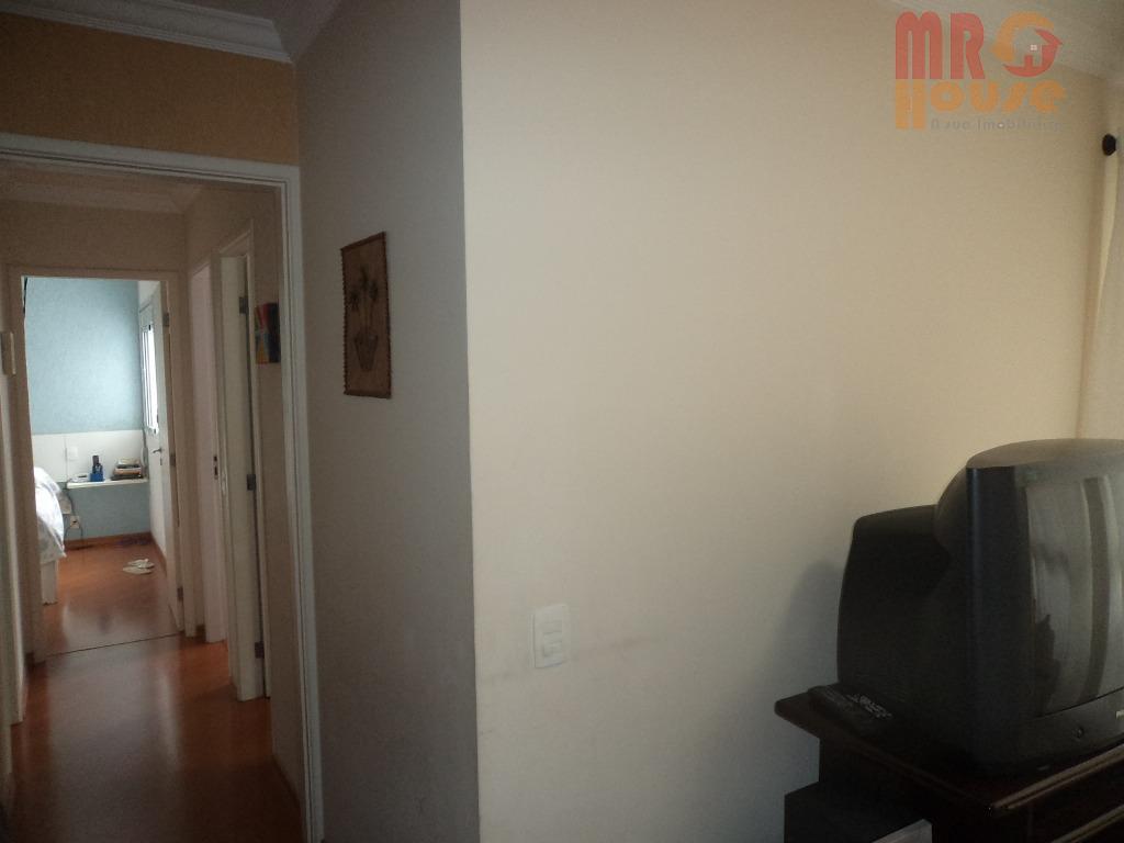 *lindo apartamento * repleto de armários * sacada * ótima localização * ipiranga * 3 dormitórios...