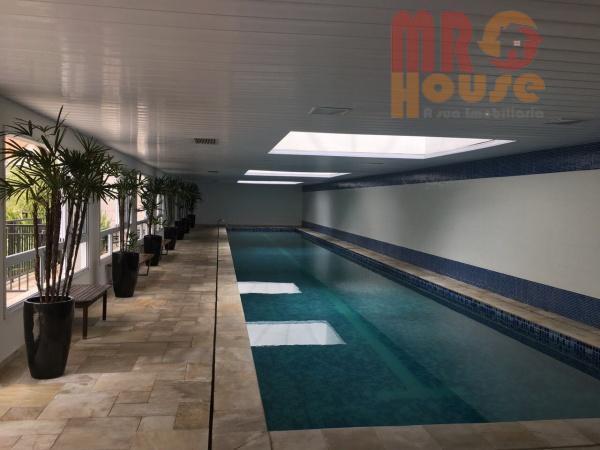 apto está muito bem localizado;lazer completo , inclusive com piscina coberta e aquecida;terraço gourmet;repleto de armários,...