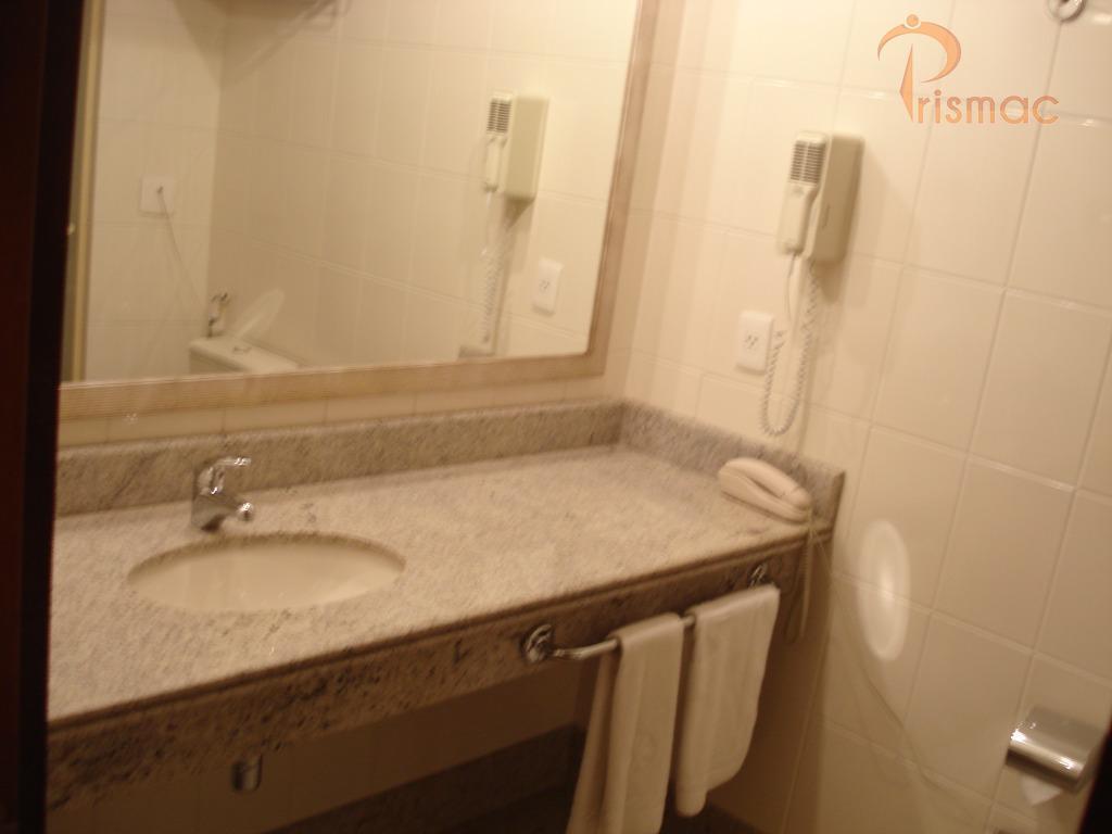 flat 1 ambiente piso carpetefrigobarmesa com cadeirapoltronacama casal king tv ,valor mensal r$ 3.000,00 incluso condomínio...