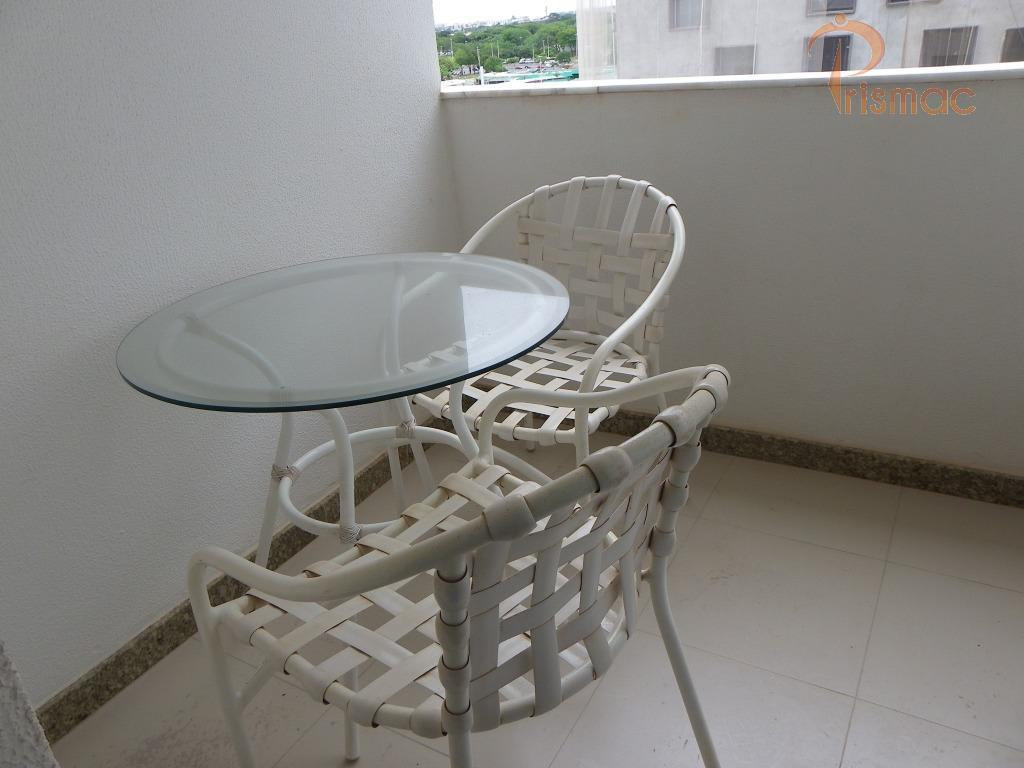 flat 2 ambientes 40mts piso laminado varanda sala / cozinha americana com armários frigobar micro-ondas mesa...