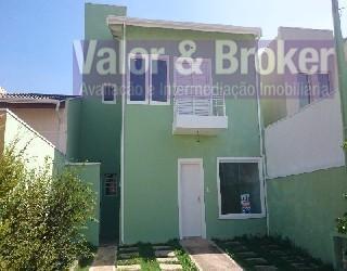 casa em condomínio com sala para 02 ambientes com lavabo, 03 dormitórios sendo uma suíte, 01...