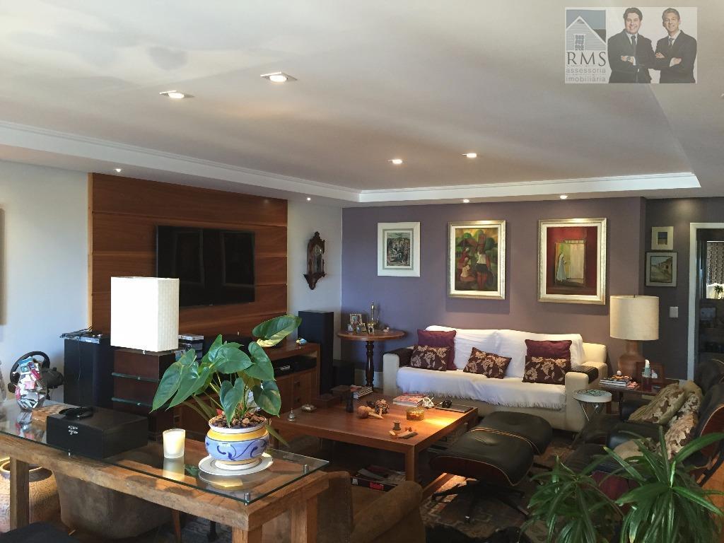 Apartamento alto padrão no Champagnat 3 quartos com uma suíte Mobiliado