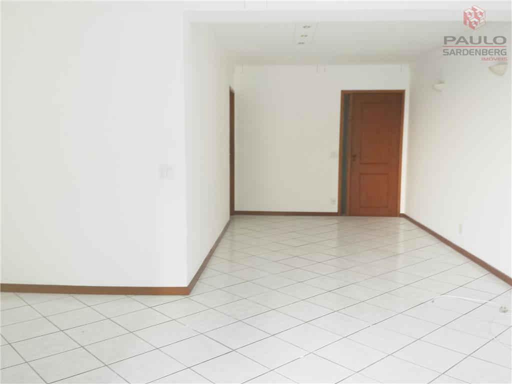 Apartamento residencial para locação, Praia do Canto, Vitória - AP0649.