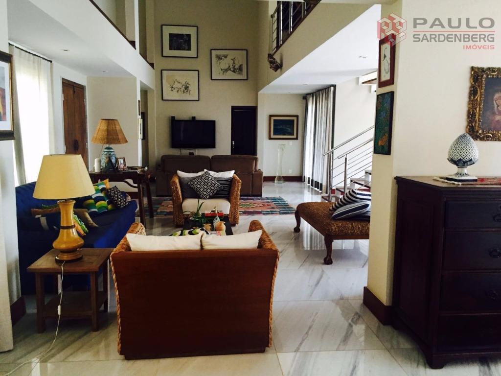 Luxuosa casa duplex à venda no condomínio Aldeia da Praia, Guarapari.