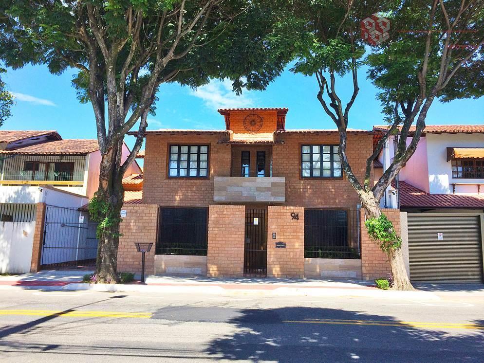 Casa comercial de alto padrão à venda em Morada de Camburi, confira!