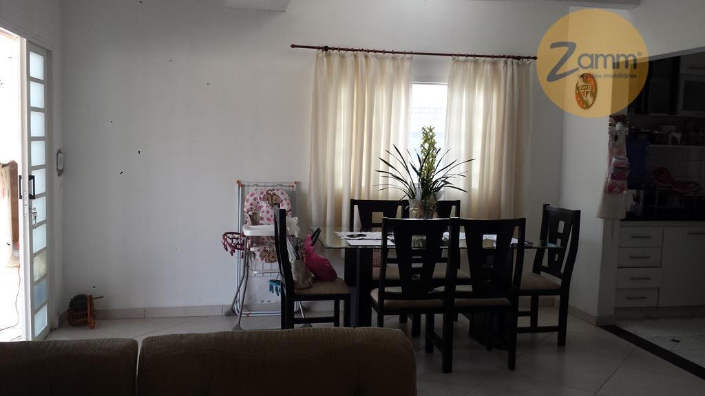 Casa de 3 dormitórios em Loteamento Residencial Campina Verde, Campinas - SP