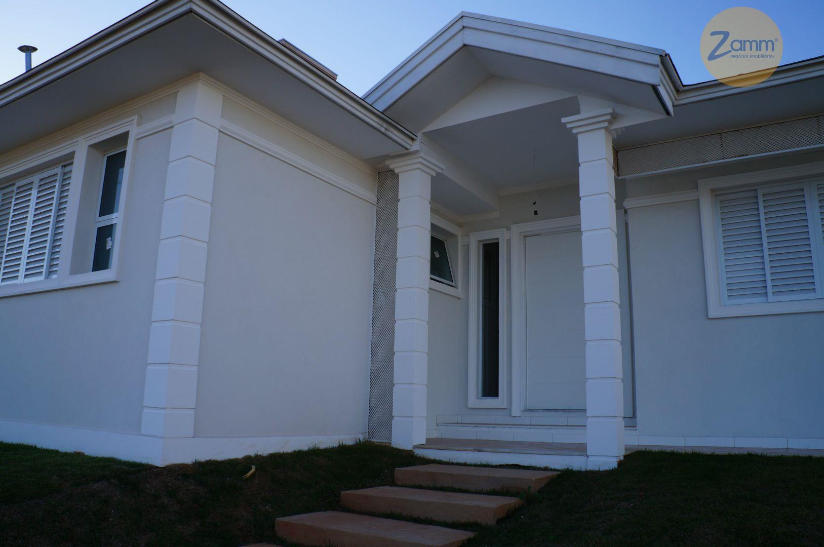 Casa de 3 dormitórios em Condomínio Le Village, Valinhos - SP