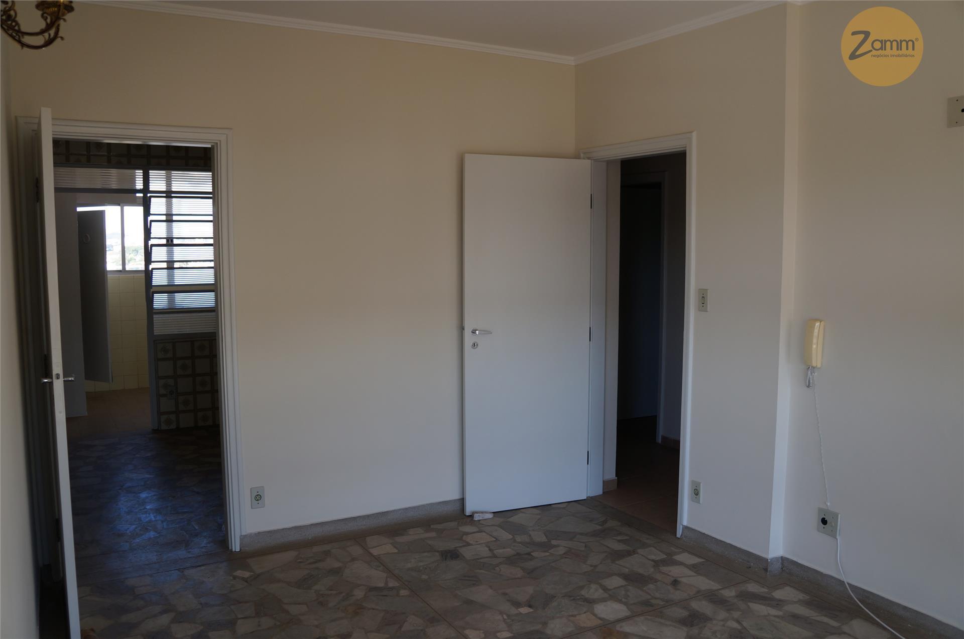 Apartamento de 3 dormitórios em Centro, Valinhos - SP
