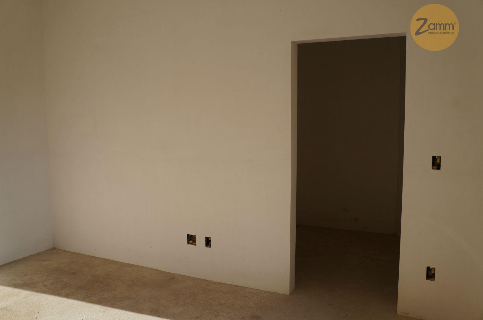 Casa de 3 dormitórios em Jardim Santa Helena, Valinhos - SP