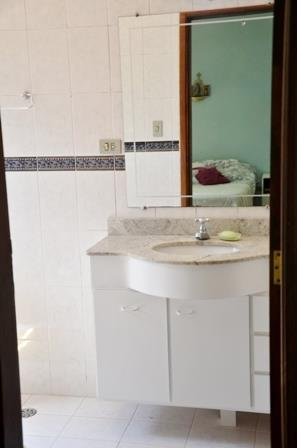 Casa de 3 dormitórios em Centro, Monte Alegre Do Sul - SP