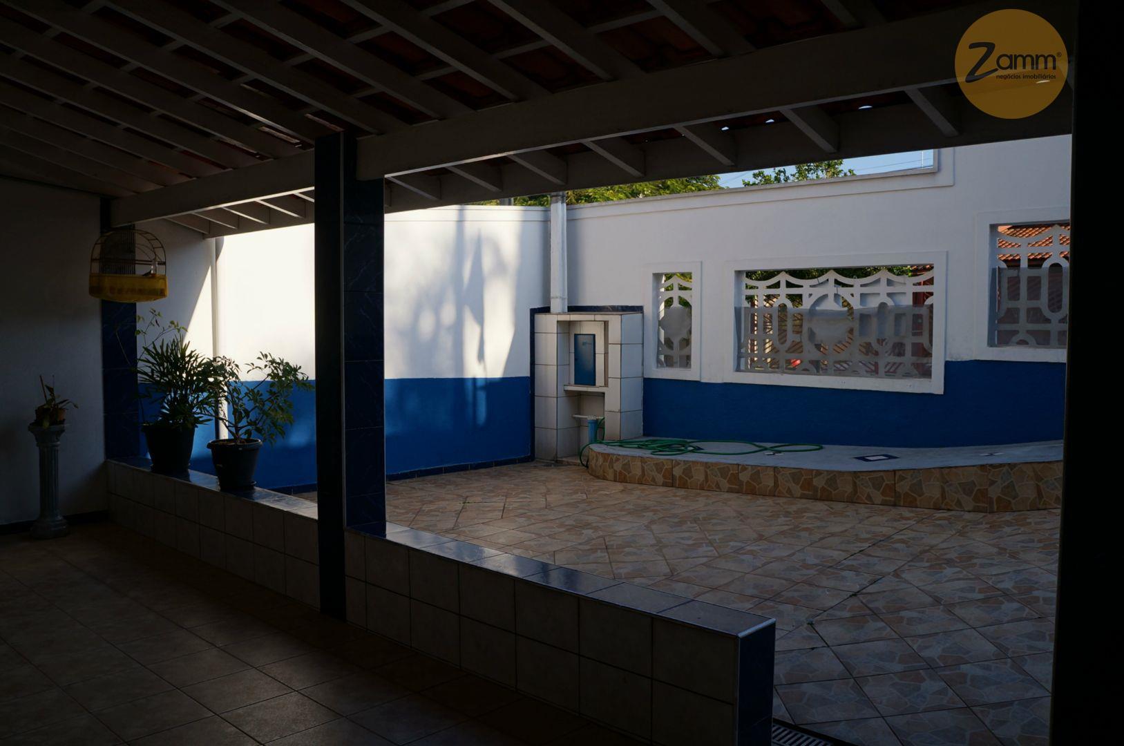 Casa de 2 dormitórios em Jardim Paiquerê, Valinhos - SP