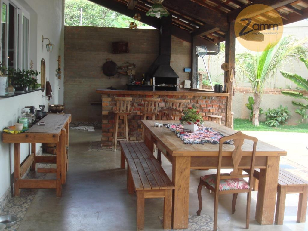 Casa de 3 dormitórios em Condomínio Residencial Querência, Valinhos - SP
