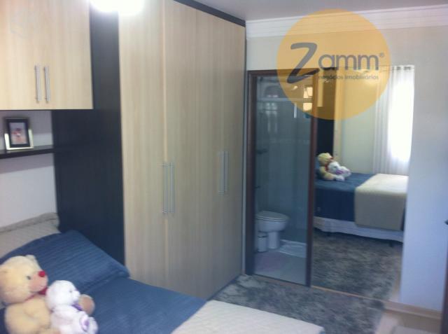 Apartamento de 2 dormitórios em Vila Embaré, Valinhos - SP