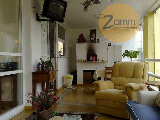 Casa de 3 dormitórios em Condomínio Marambaia, Vinhedo - SP