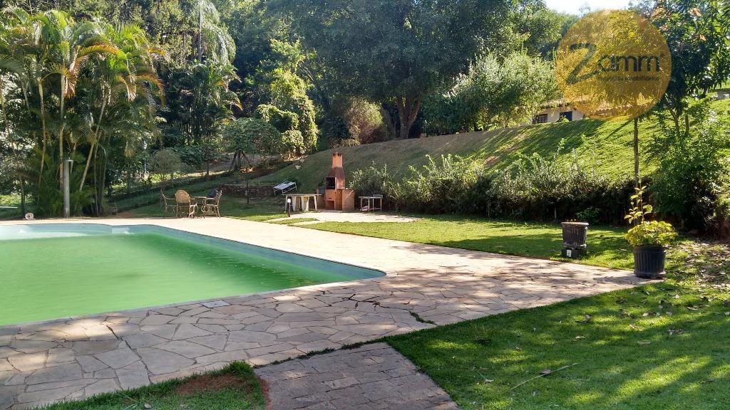 Chácara de 3 dormitórios em Ortizes, Valinhos - SP