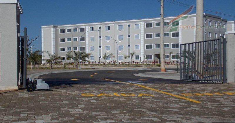 Apartamento residencial à venda, Cristiano de Carvalho, Barretos.