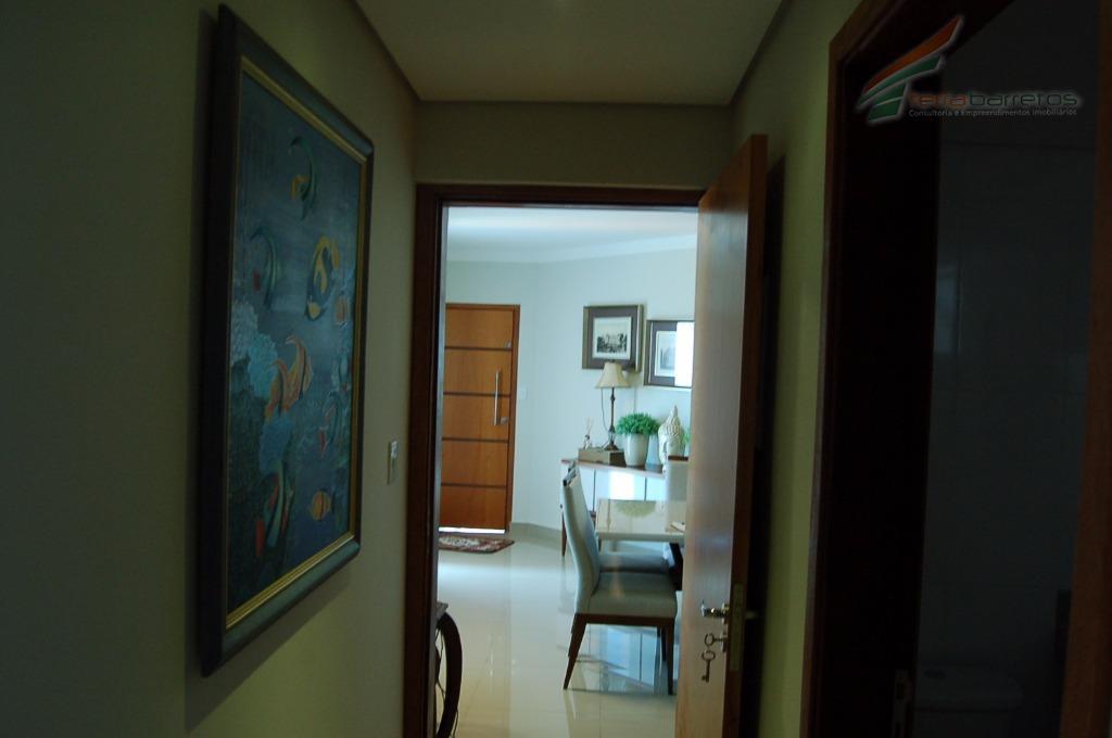 apartamento com 2 dormitórios e 1 suíte, sala de jantar, sala de estar, banheiro social, cozinha,...